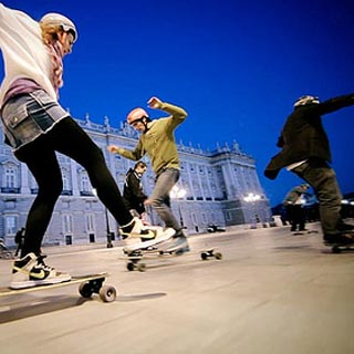 Une visite nocturne de Madrid en Longboard