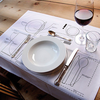 A TABLE :  Le set de table pour les Nuls by Llot Llov