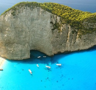 Navagio Beach&#8230; L&#8217;une des plus belle plage du monde