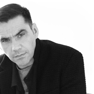 L'interview de Roland Mouret, directeur artistique de Robert Clergerie  (VIDEO)