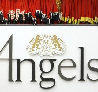 Angels, The costumiers