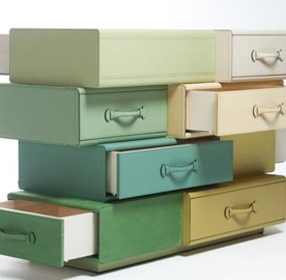 DESIGN : The Chest of Suitcases par Maarten De Ceulaer