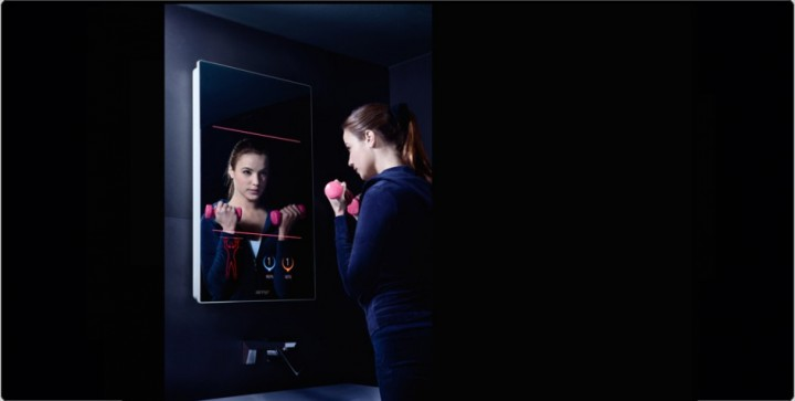 High tech le miroir intelligent est arriv e tv for Miroir intelligent
