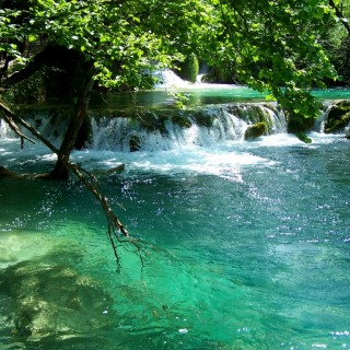 EVASION : Les lacs de Plitvice, destination Croatie
