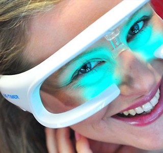 HIGH-TECH : Des lunettes anti Jet Lag !