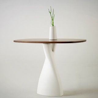 DESIGN : Treeangle Table de Anna Strupinkskaya