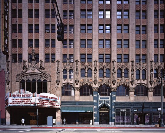 cn_image_1.size.ace-hotel-los-angeles-01-exterior