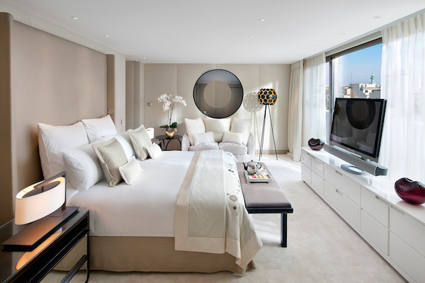 paris-suite-mandarin-royale-suite2