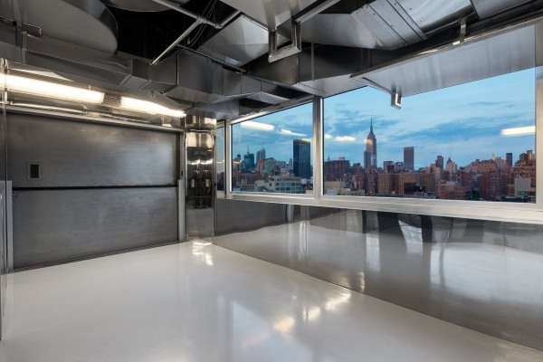 sky-garage-penthouse-at-200-11th-avenue-new-york-10-600x400