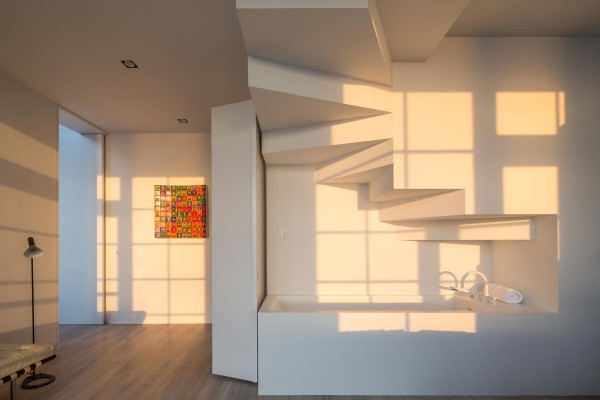 sky-garage-penthouse-at-200-11th-avenue-new-york-8-600x400