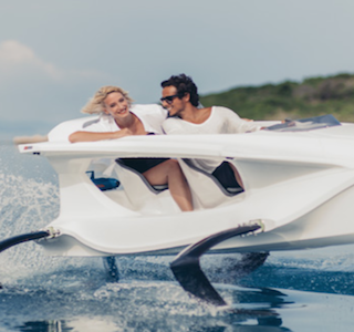 MOTEUR : Electric Hydrofoiling Quadrofoil Watercraft