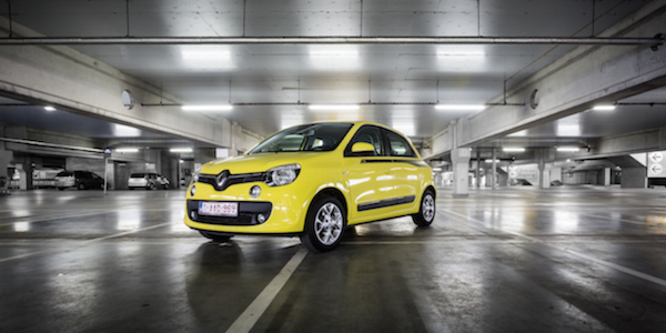 e tv test la nouvelle renault twingo e tv. Black Bedroom Furniture Sets. Home Design Ideas