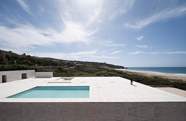 The-House-Of-The-Infinite-Alberto-Campo-Baeza-Modern-Home-Spain-3