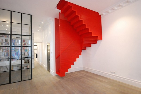 red-stairs_130415_01-800x537