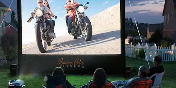 HIGH TECH : L'home cinema en plein air pour tous!