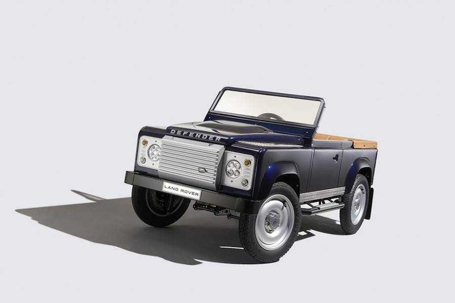 landrover-pedals-1-900x600