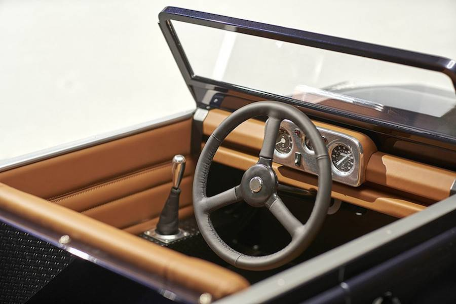 landrover-pedals-6-900x600