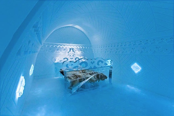 Ice-Hotel-2015-art-suites-13