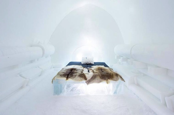 Ice-Hotel-2015-art-suites-3