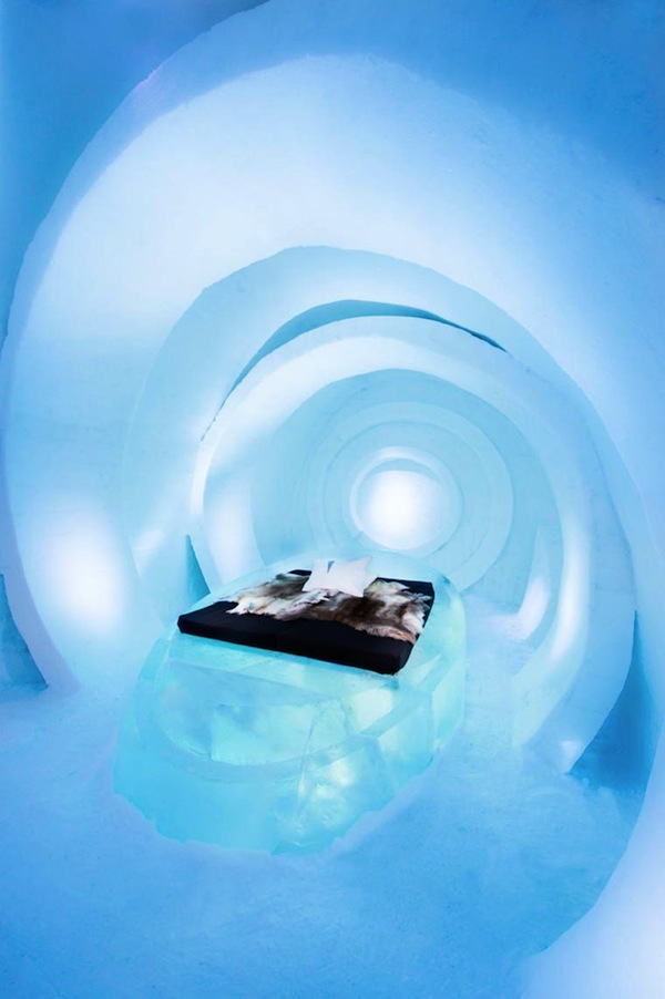 Ice-Hotel-2015-art-suites-6