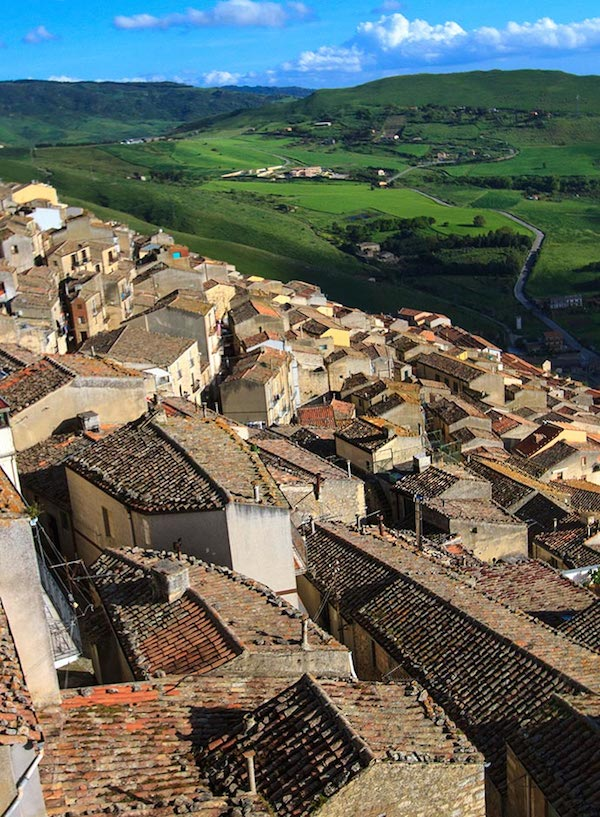best-small-towns-in-southern-italy-Gangi
