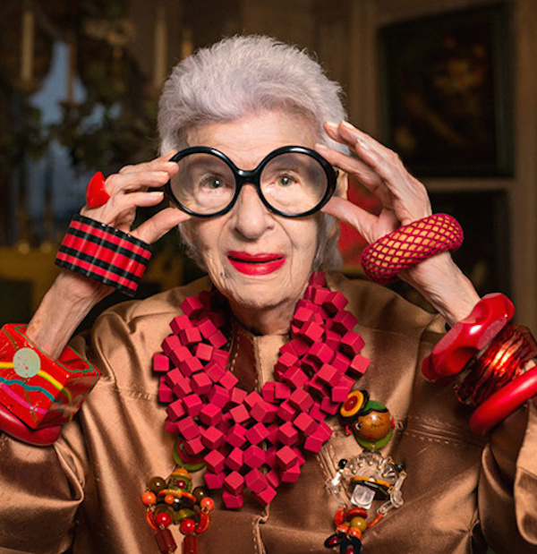 iris_apfel_s___expose____paris_5155.jpeg_north_499x_white