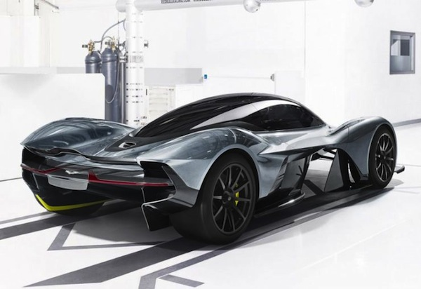 aston-martin-am-rb-001-newsletter3-818x561-740x508