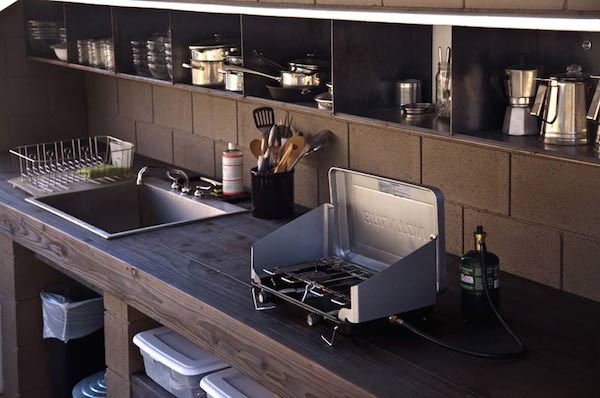 wagon-community-living-project-in-the-desert-6
