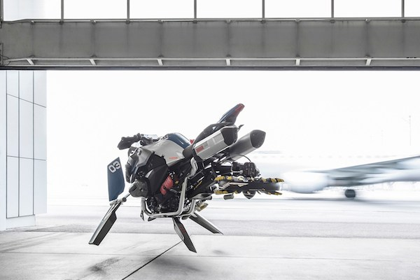 bmw-flying-motorcycle-04