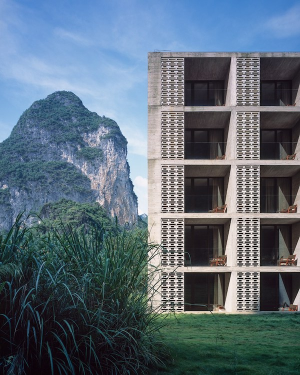 Abandoned-Sugar-Factory-Transformed-into-Gorgeous-Hotel-in-Yangshuo-China-11