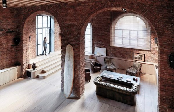 a-garage-reconversion-into-loft-milan_1-770x498