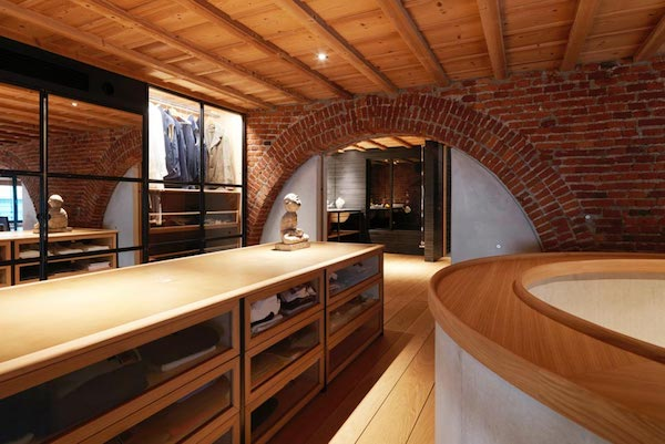 a-garage-reconversion-into-loft-milan_13