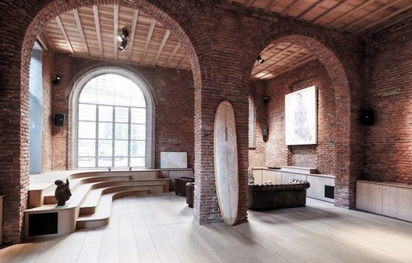 a-garage-reconversion-into-loft-milan_2-770x492