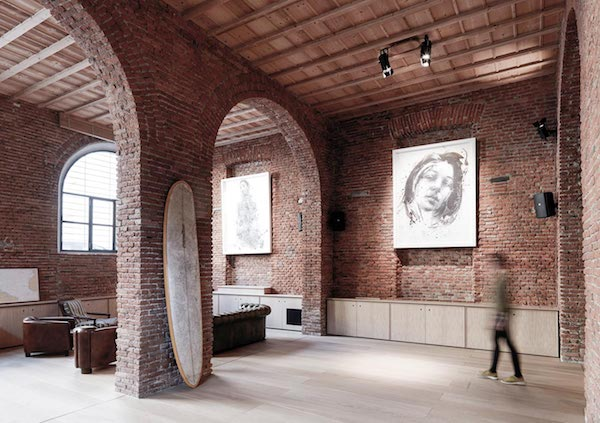 a-garage-reconversion-into-loft-milan_6