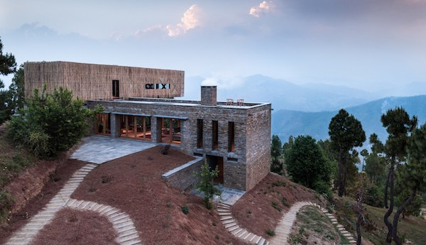 In-the-Heart-of-Nature-Kumaon-Hotel-the-Himalayas-09-1